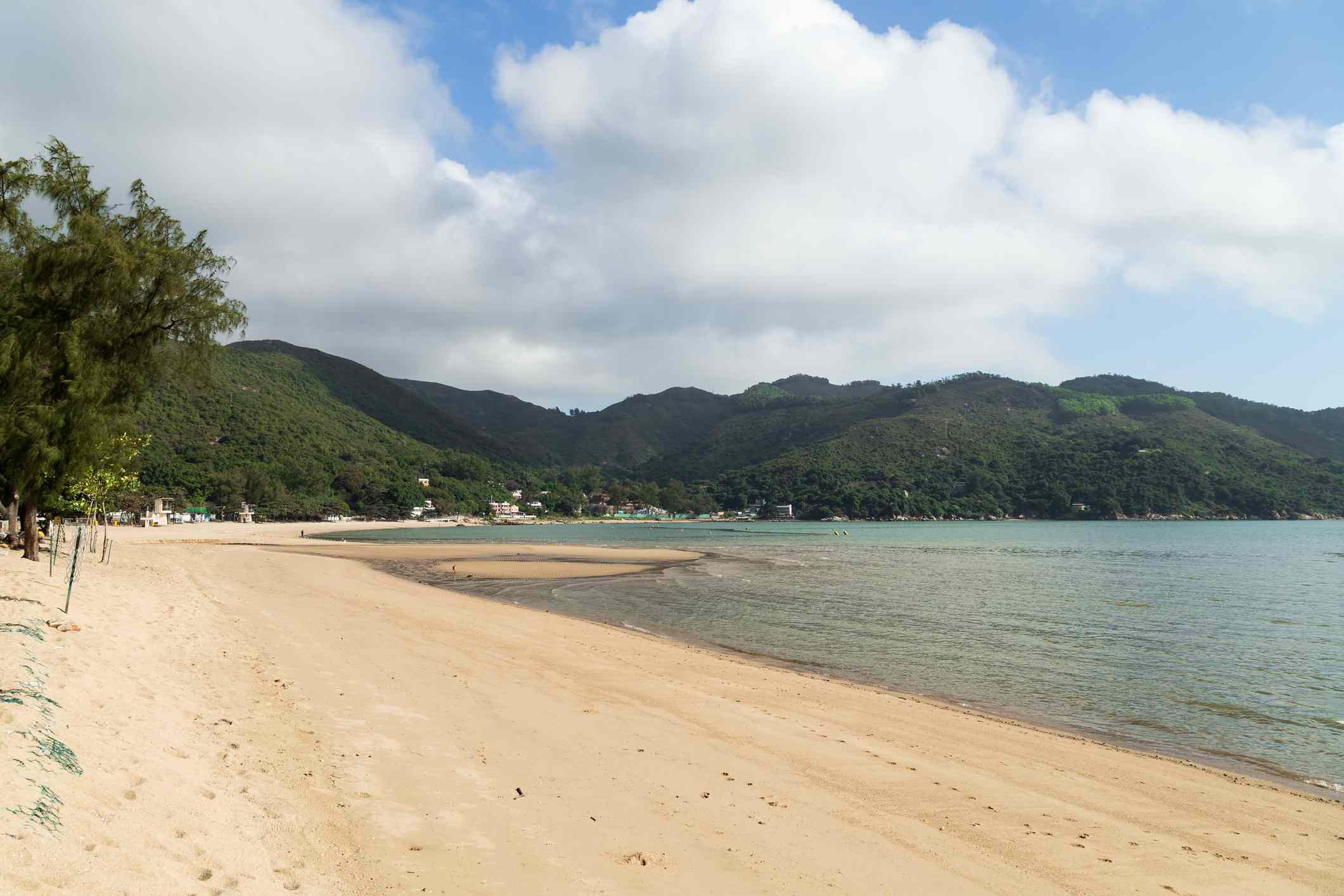 Silvermine Bay Beach, Hong Kong