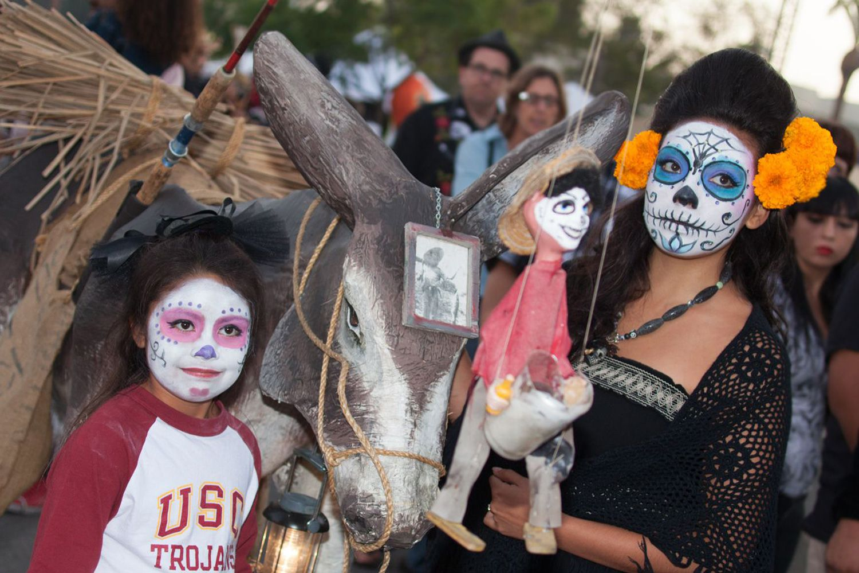 Day Of The Dead In Los Angeles Dia De Los Muertos
