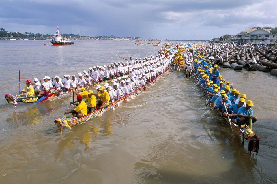 El Festival del Agua compite en Phnom Penh, Camboya