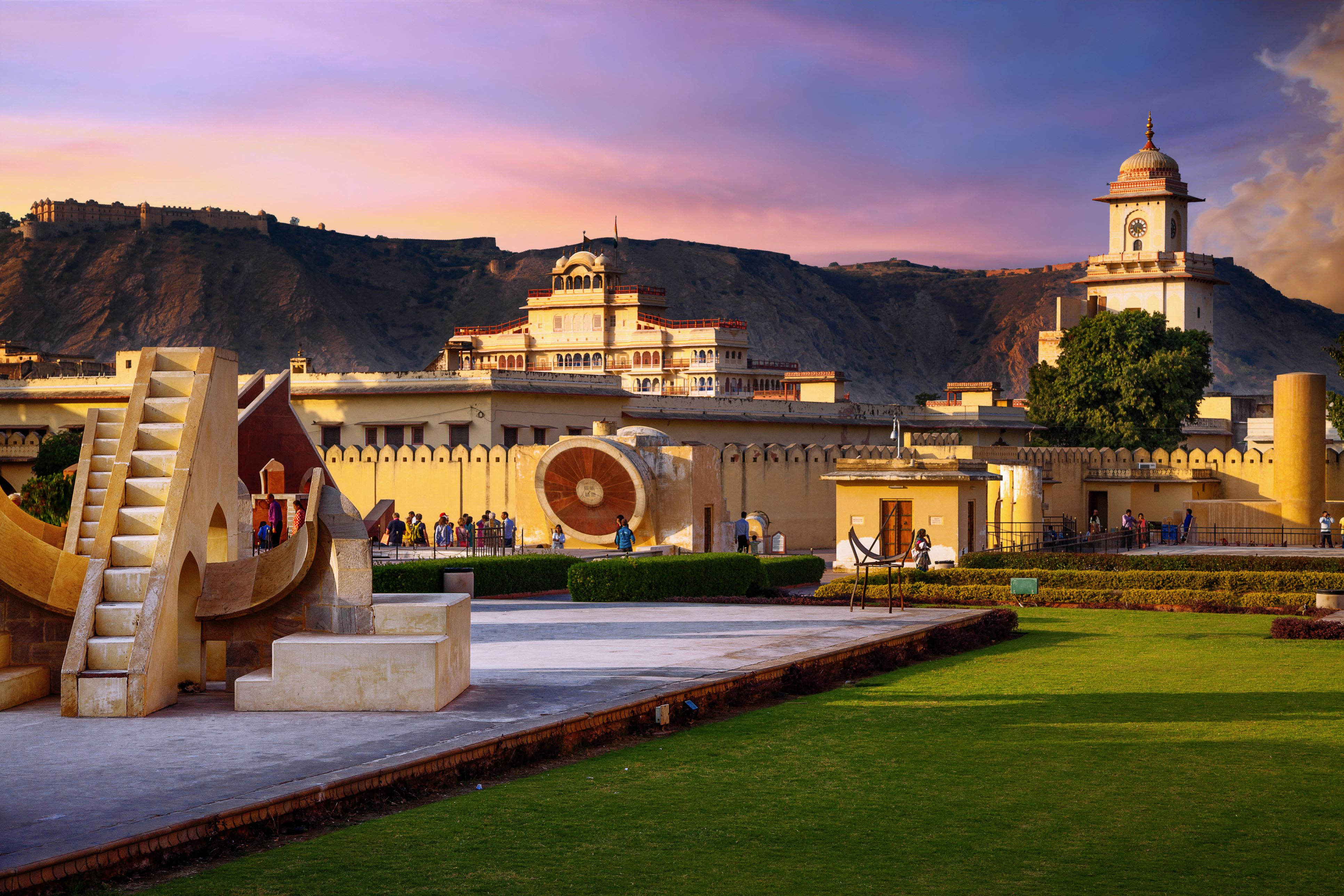 45c02677c3256 13 Top Jaipur Attractions and Places to Visit