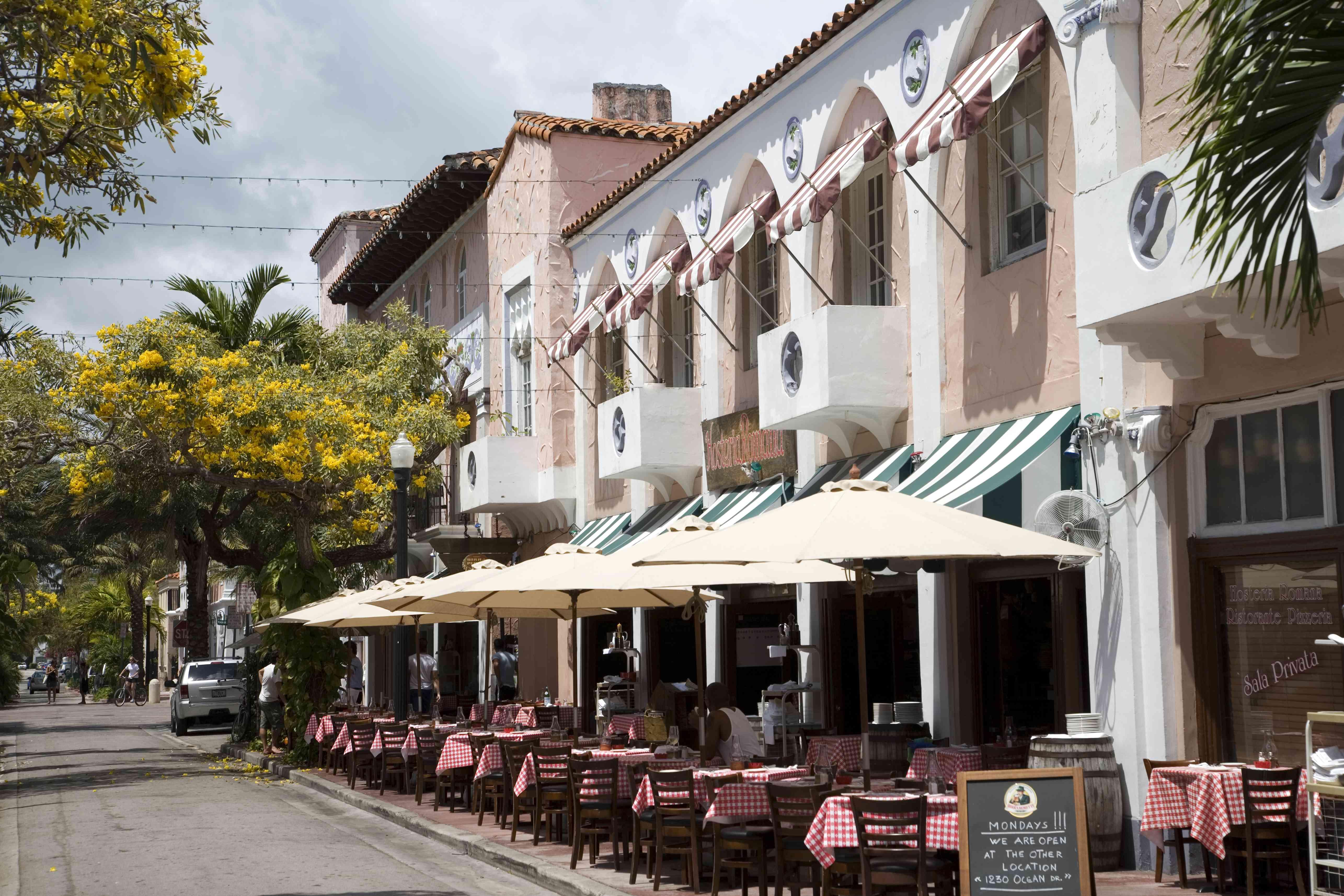 USA, Florida, Miami Beach. Restaurant in Espanola way.