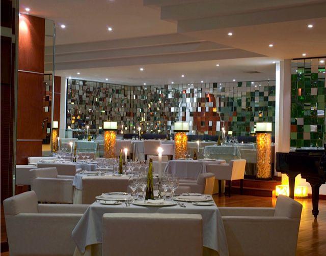 tempo restaurant interior in cancun