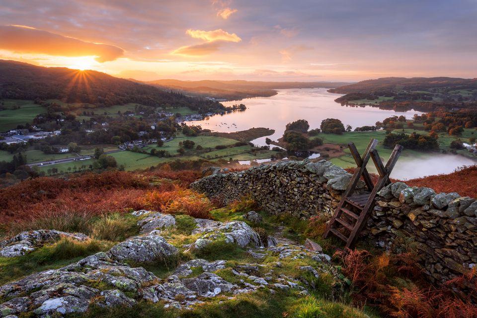 Stile, Loughrigg Fell, Ambleside, Windermere Lake, Lake District, Cumbria, Inglaterra