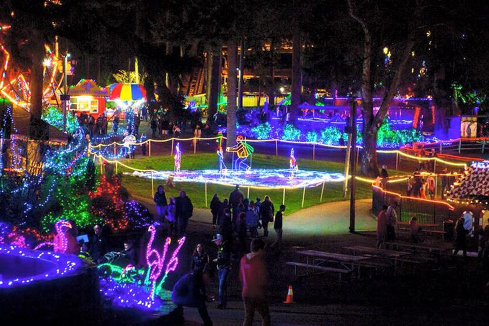 holiday with lights at wild waves