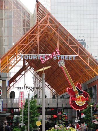 FourthStreetLiveFacade.jpg