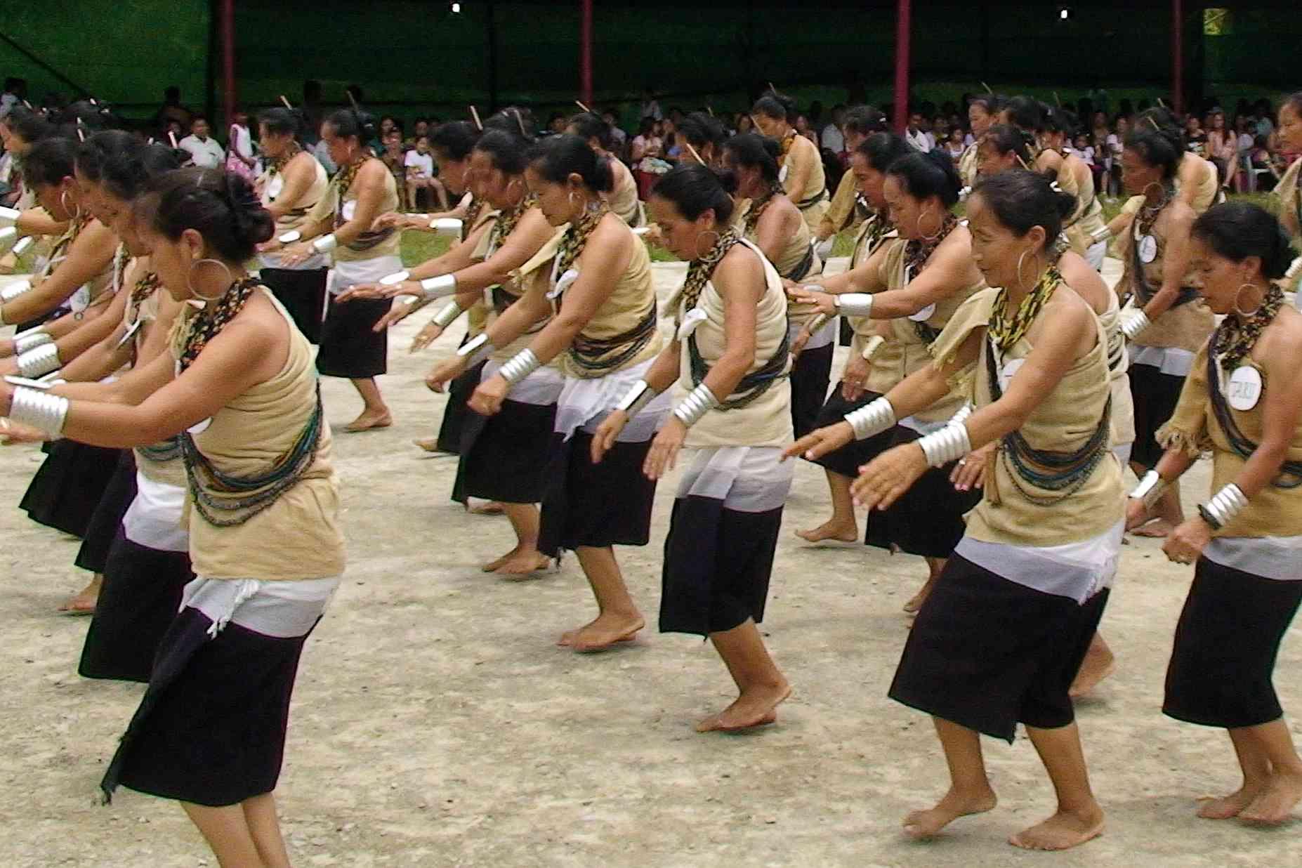 Women dancing at Dree Festival.
