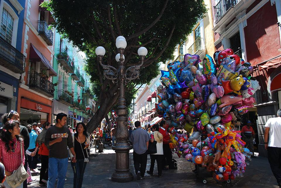 Cinco de Mayo street celebration