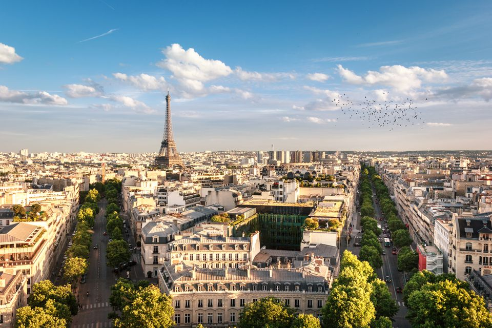 top 15 monuments and historic sites in paris. Black Bedroom Furniture Sets. Home Design Ideas
