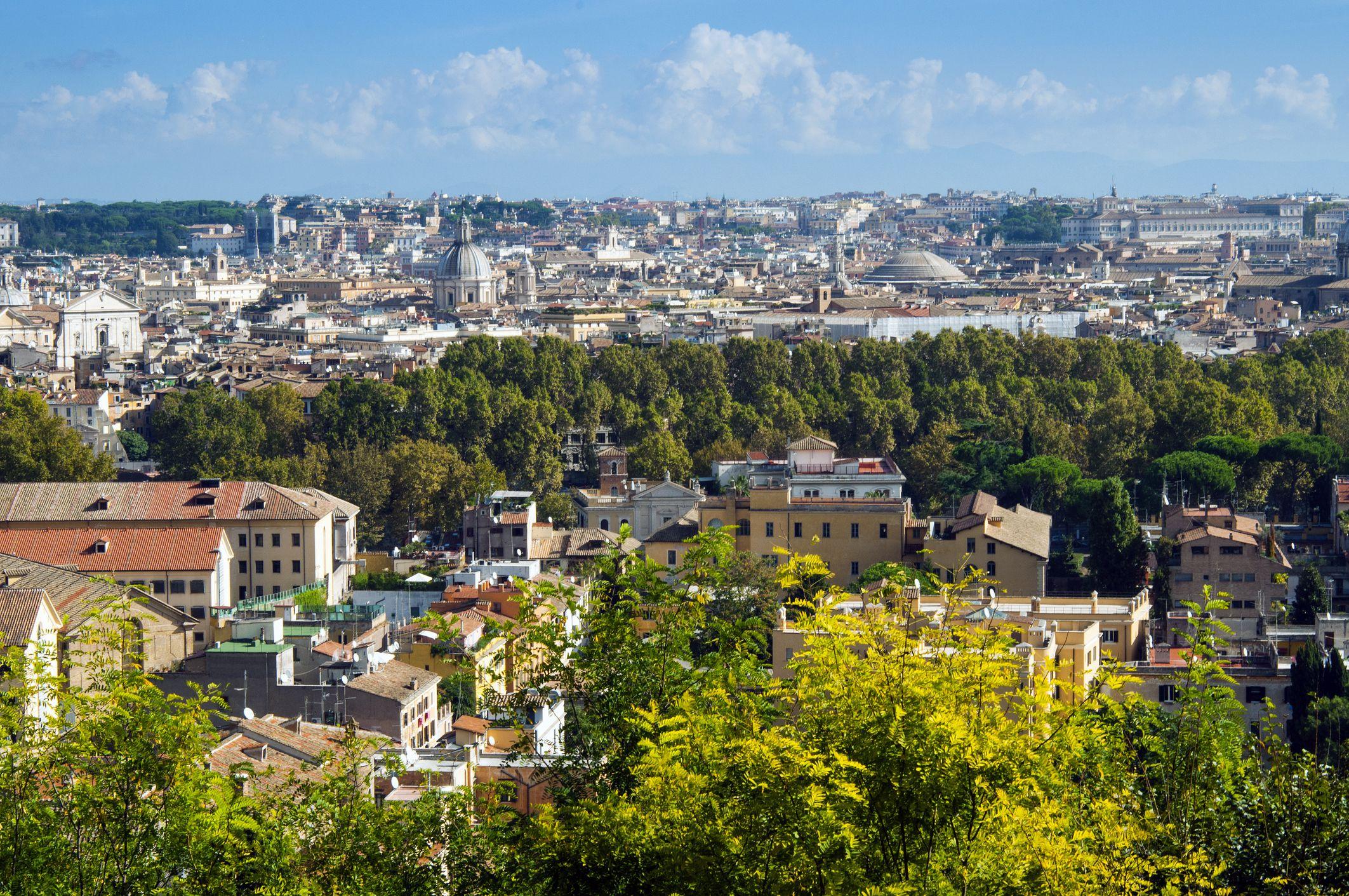Vista de la ciudad desde la colina del Janículo, Roma, Italia