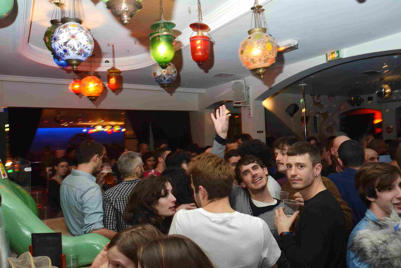 Rosa Bonheur es una de las mejores discotecas y bares LGBT en París