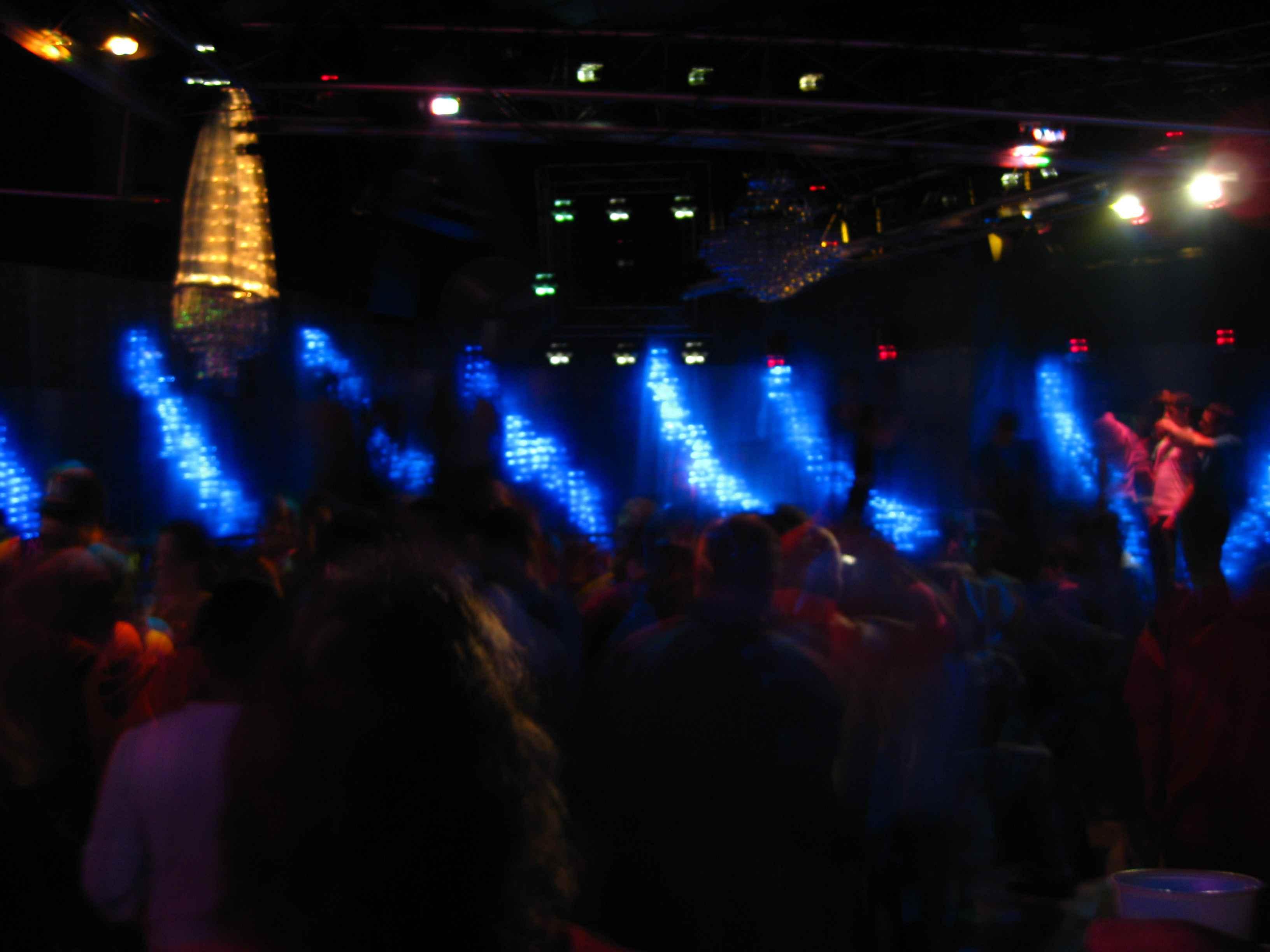 scandals gay night club