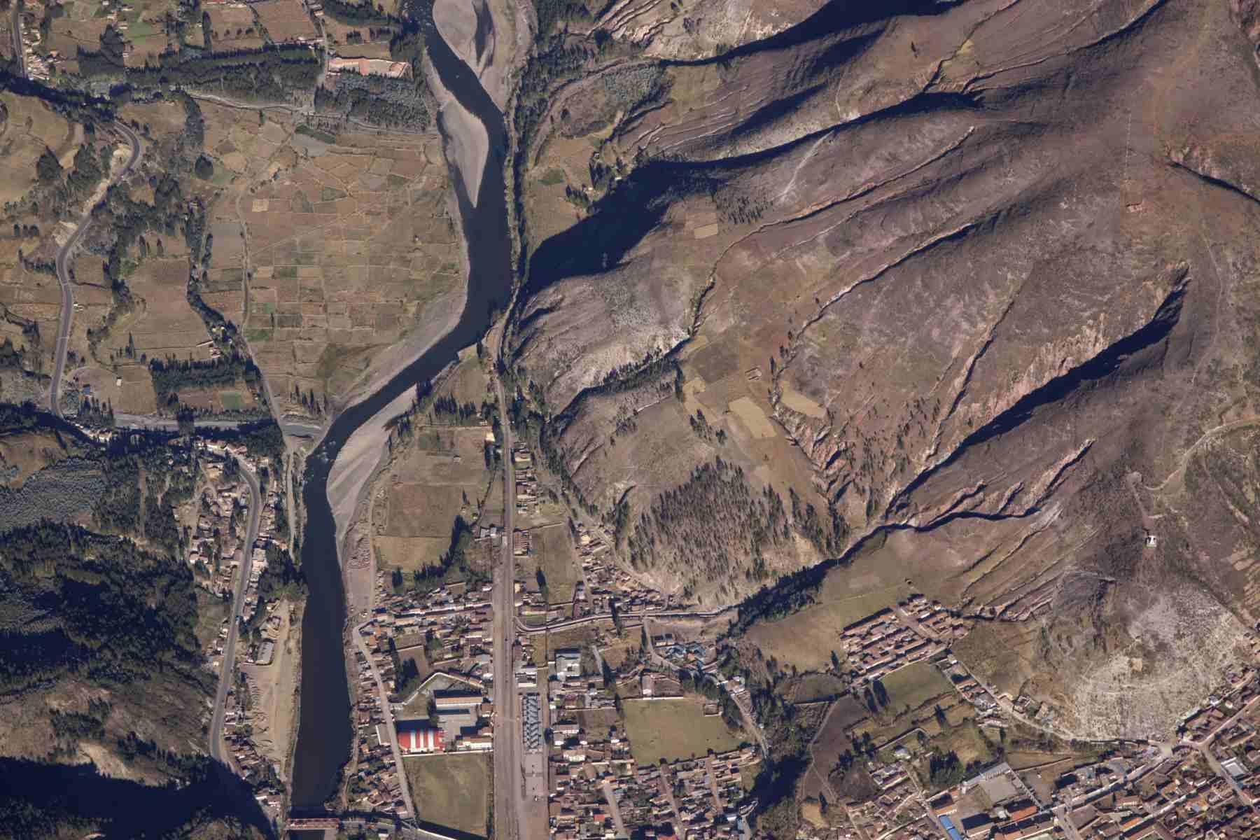 Aerial image of Urcos, Cusco