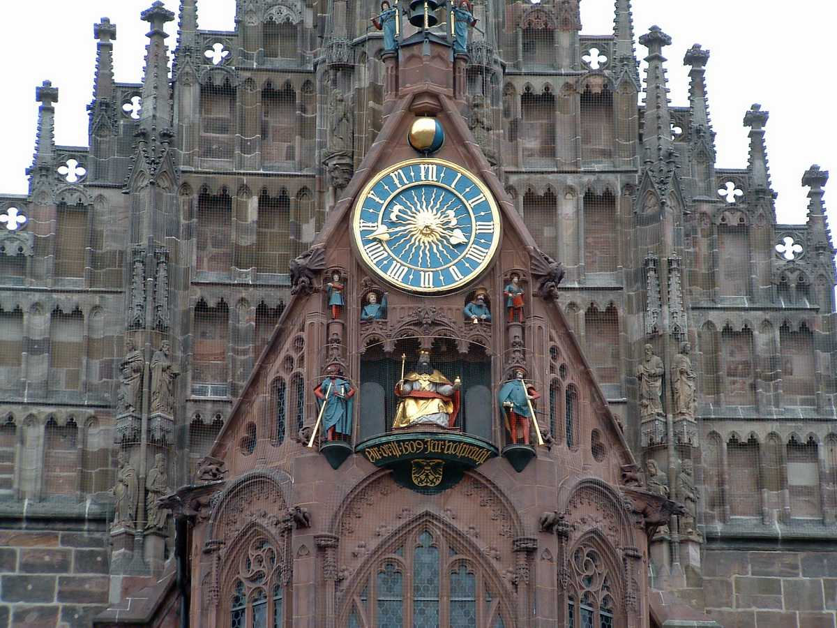 Nuremberg Church of Our Lady Clock