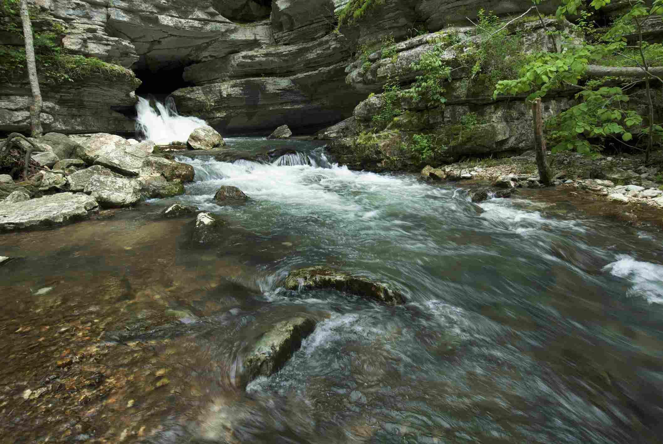 Blanchard Springs State Park in north Arkansas, USA.