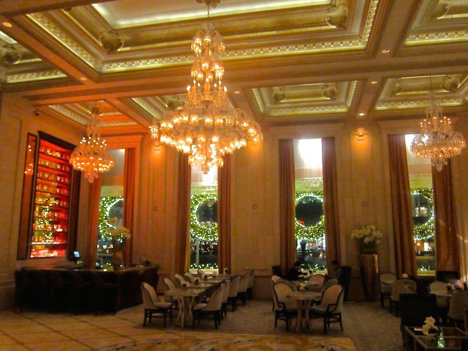 Champagne-Bar-Plaza-Hotel-NYC-Karen-Tina-Harrison.JPG