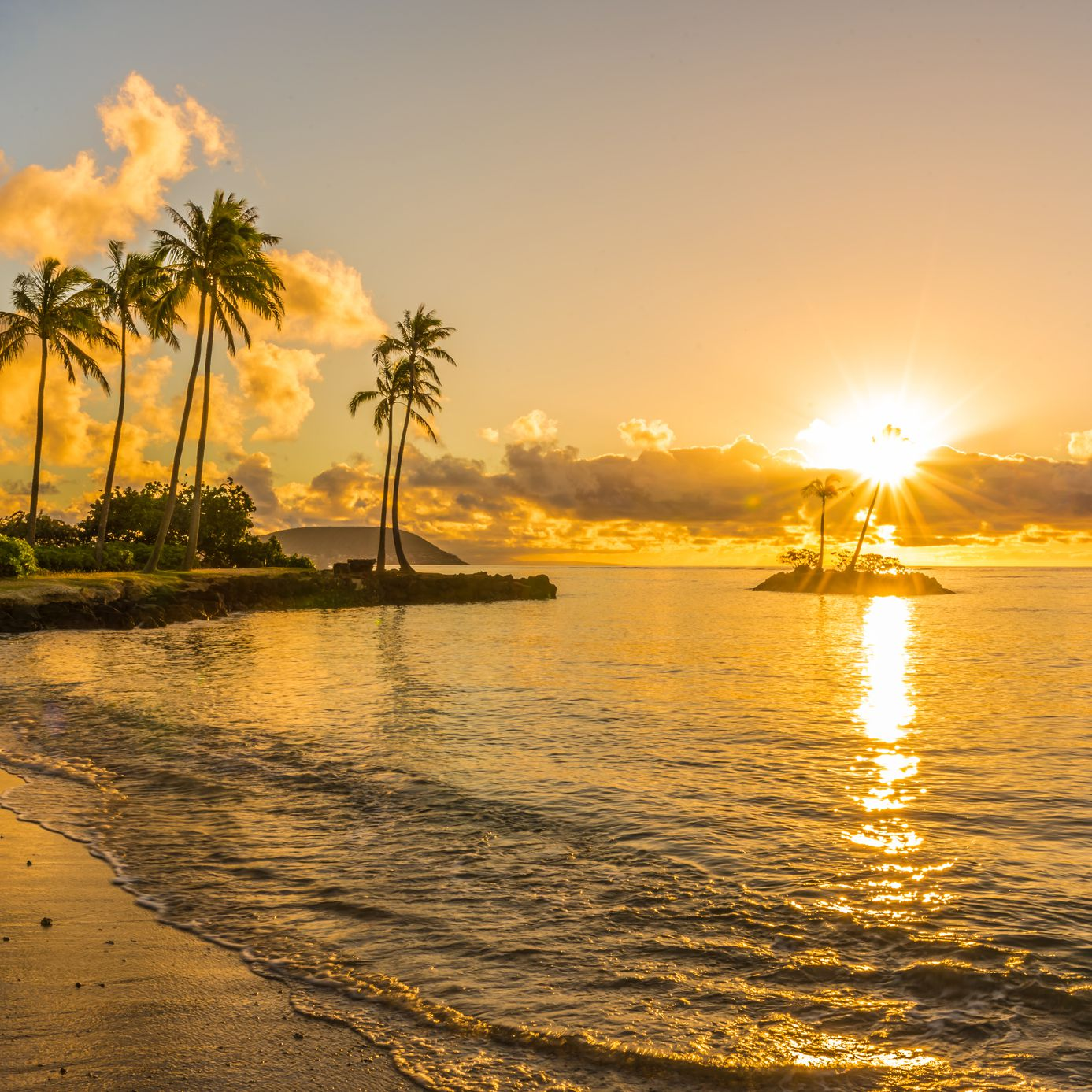 August in Hawaii: Weather, What to Pack, and What to See