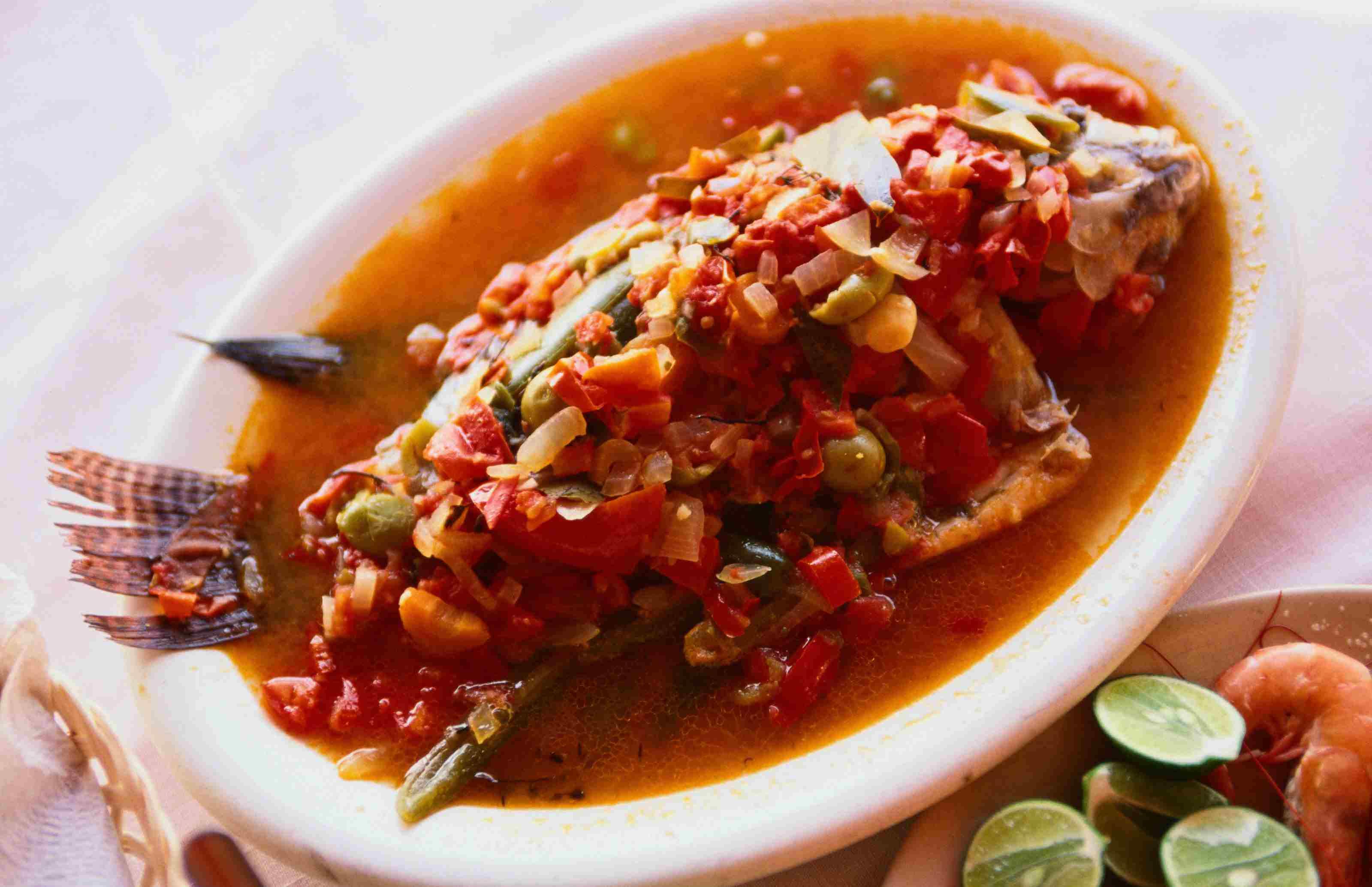 Traditional food of Veracruz: Spicy baked fish - Veracruz
