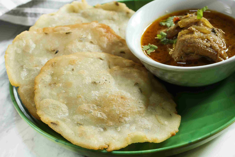 Ney Pathiri / Neypathal - Kerala Malabar Ramadan food / deep fried Rice Roti