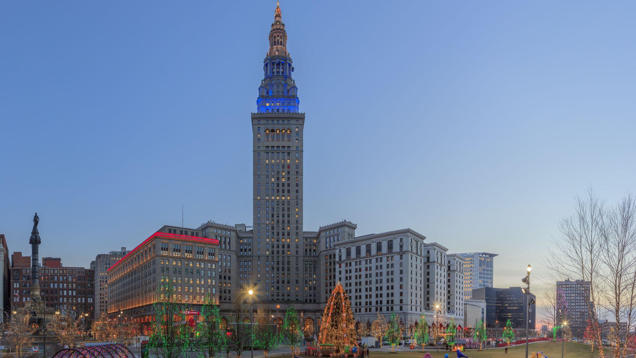 Cleveland Christmas Lighting 2021 Northeast Ohio Holiday Light Displays Cleveland