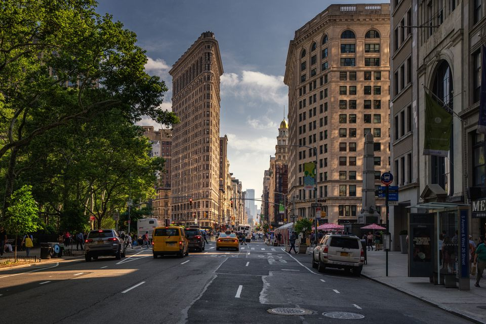 Beautiful weather in New York City on 5th avenue with the Flatiron Building