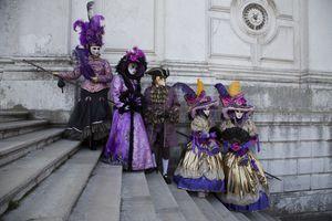 Group on Salute Steps Venice Carnival celebration
