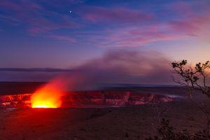 Kilauea caldron at Volcanoes National Park
