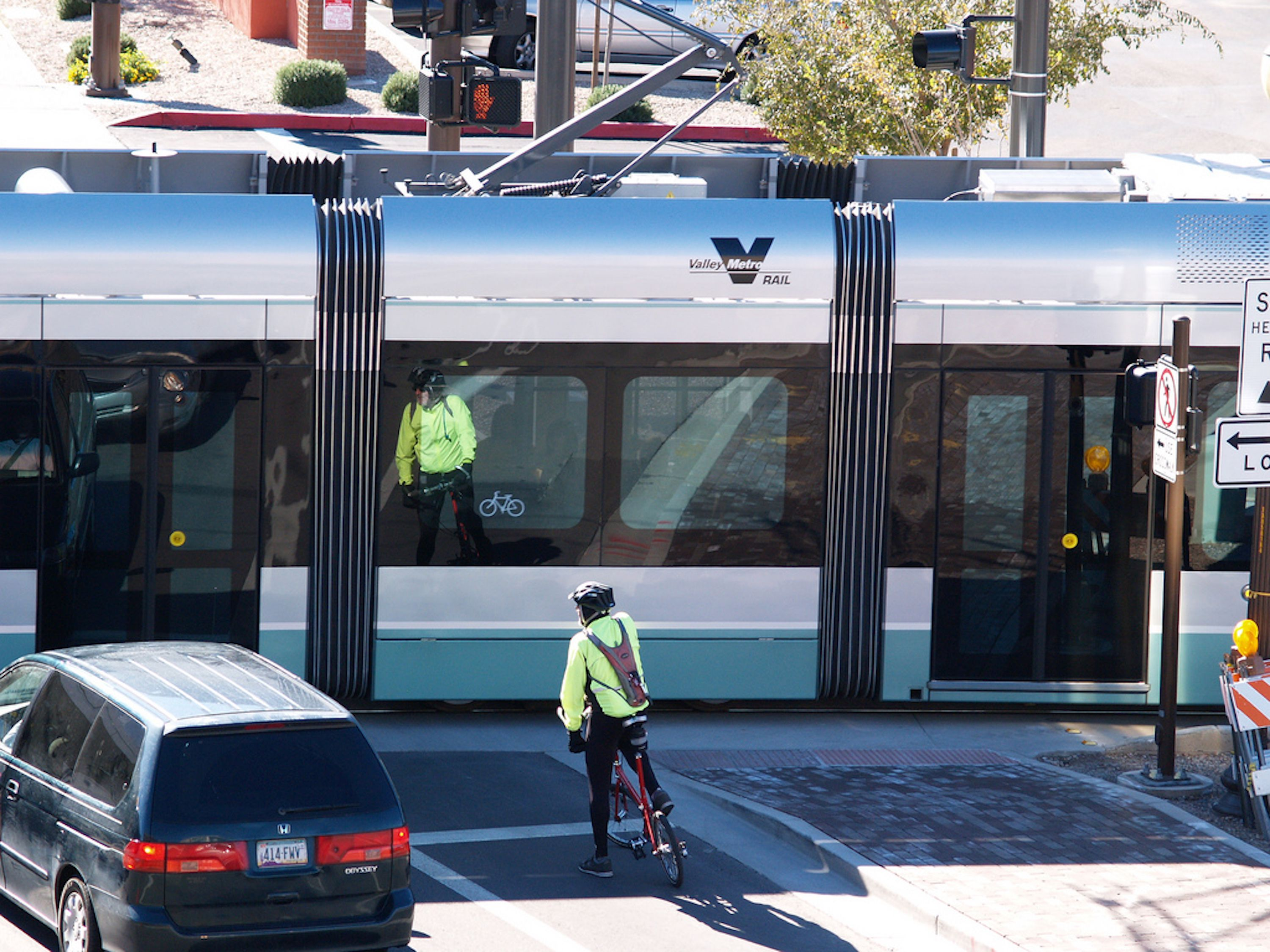 Phoenix Light Rail Train Riding Tips