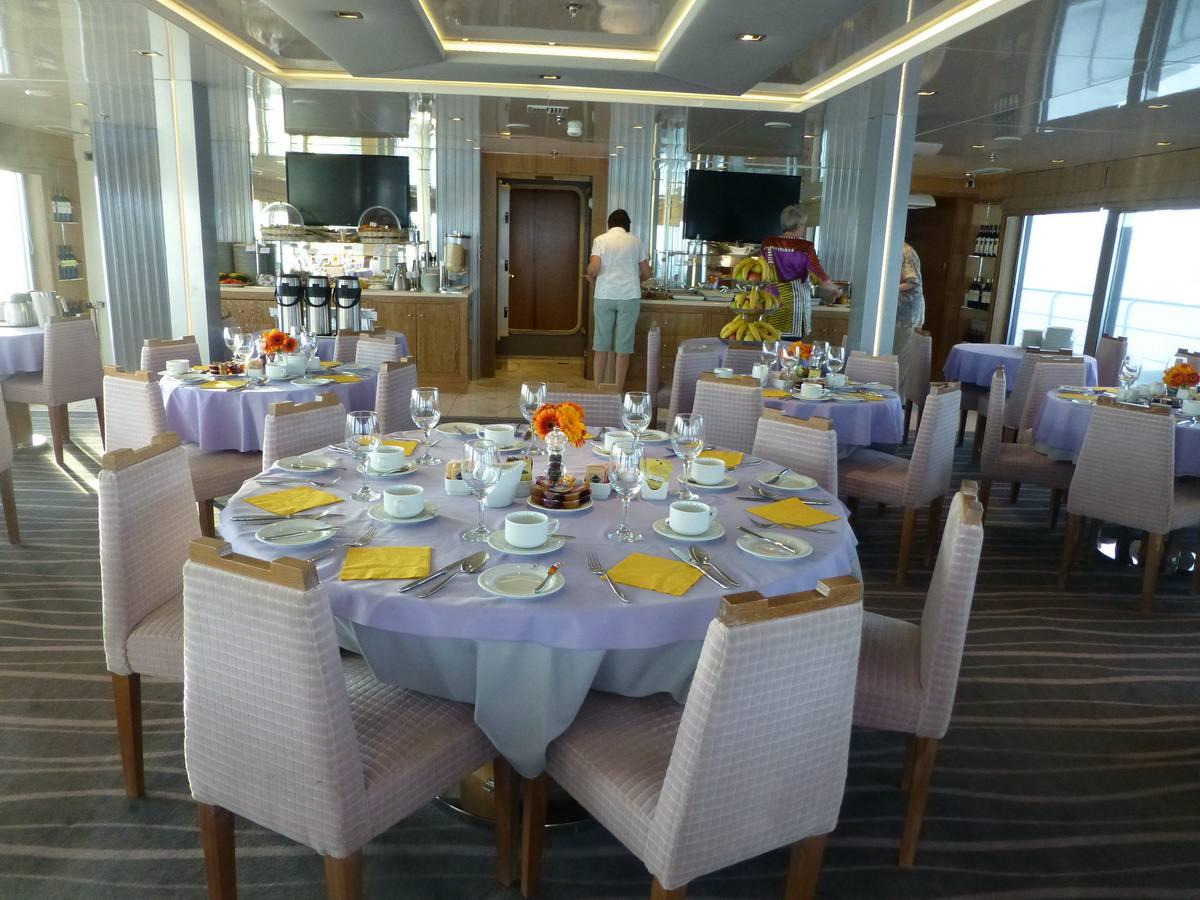 Variety Voyager dining room