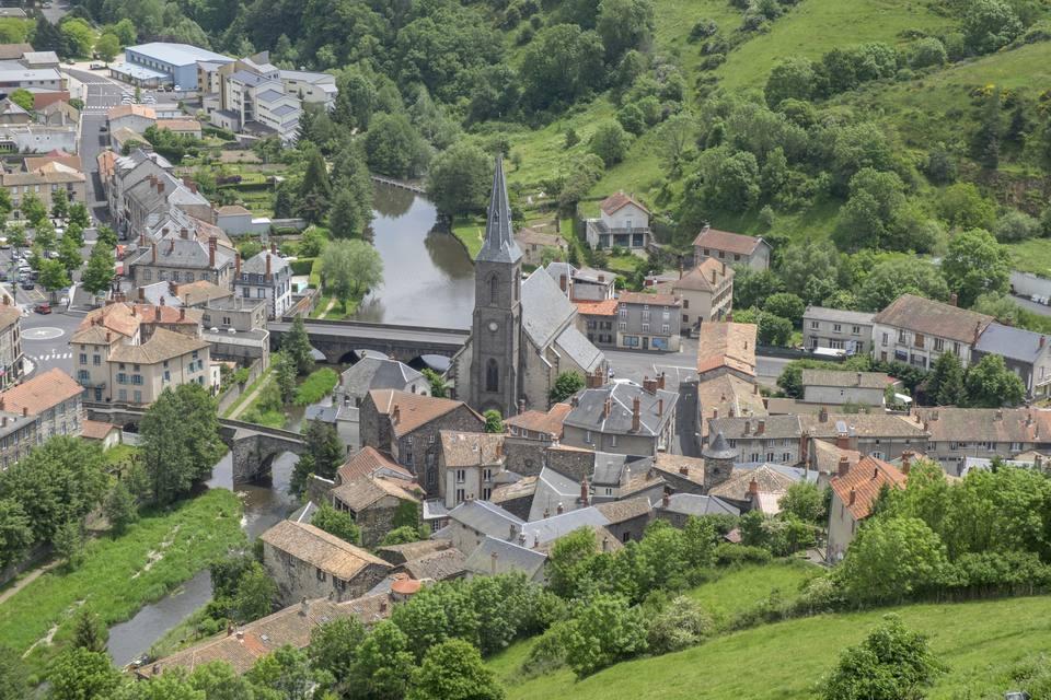 saint flour see the rural side of medieval france. Black Bedroom Furniture Sets. Home Design Ideas