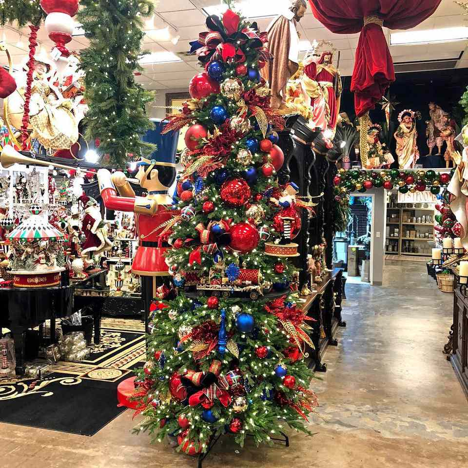 Where To Buy Holiday Decor In Dallas-Fort Worth