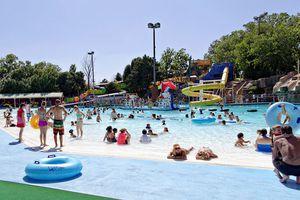 Oklahoma water park White Water Bay