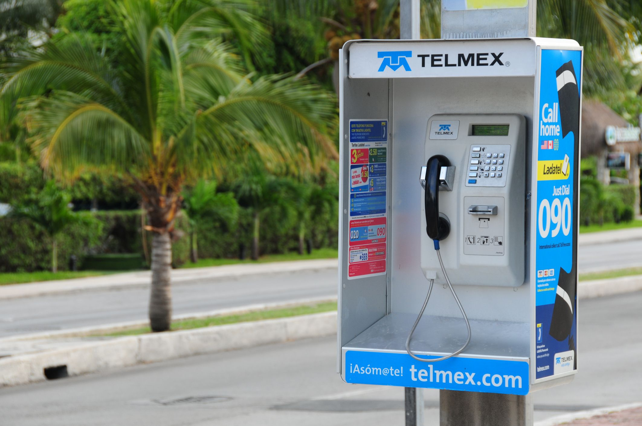 How to make phone calls to and from Mexico