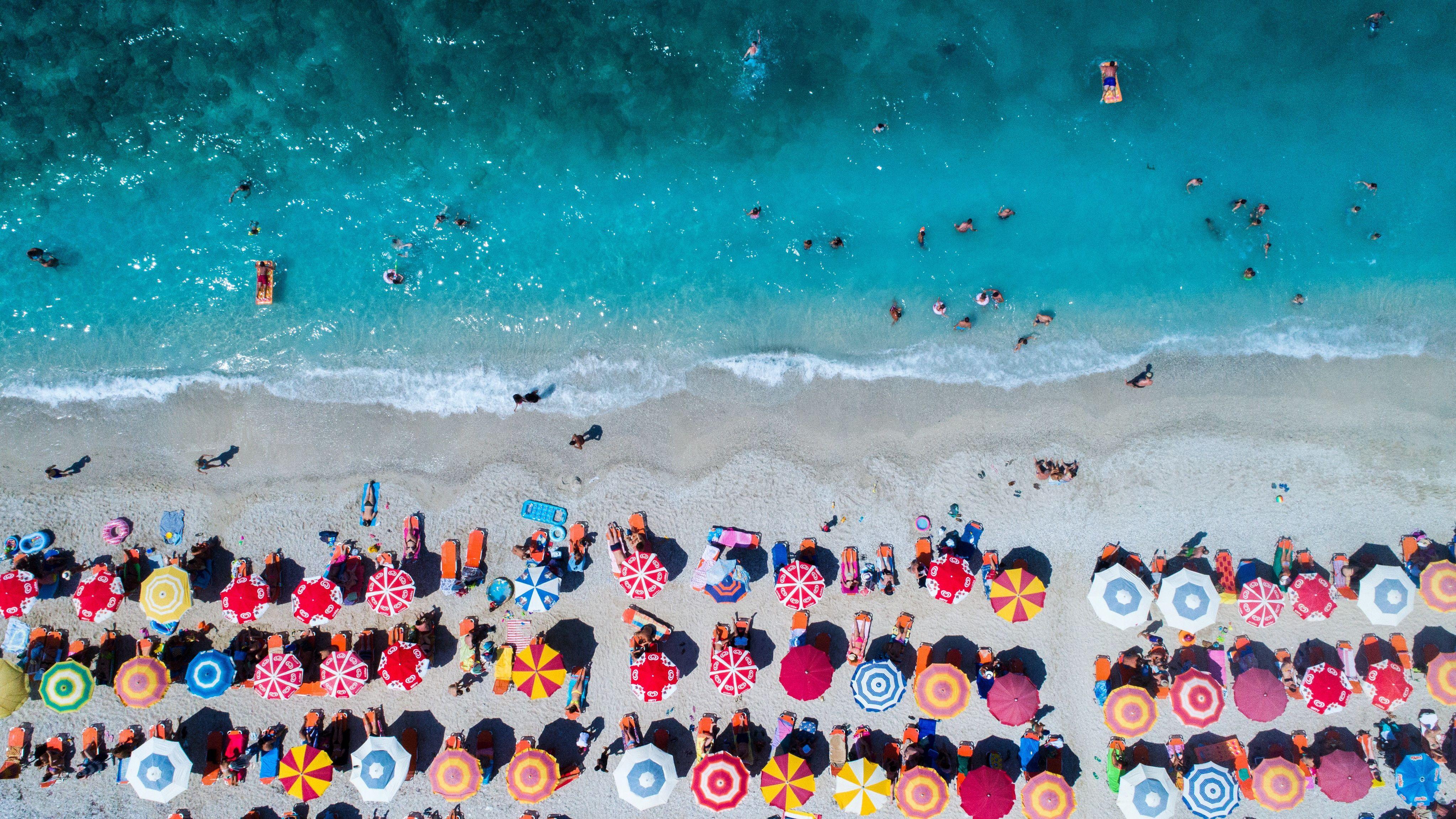 3d8c57d93fab The 8 Best Beach Umbrellas of 2019