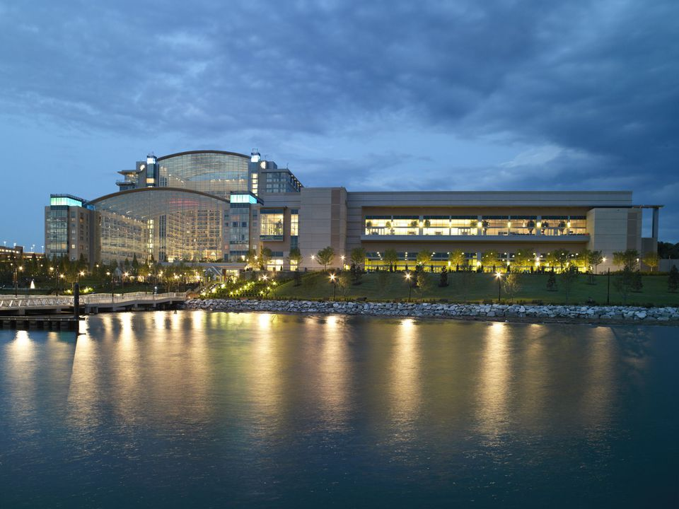 National Harbor Is Home To This Waterfront Luxury Hotel