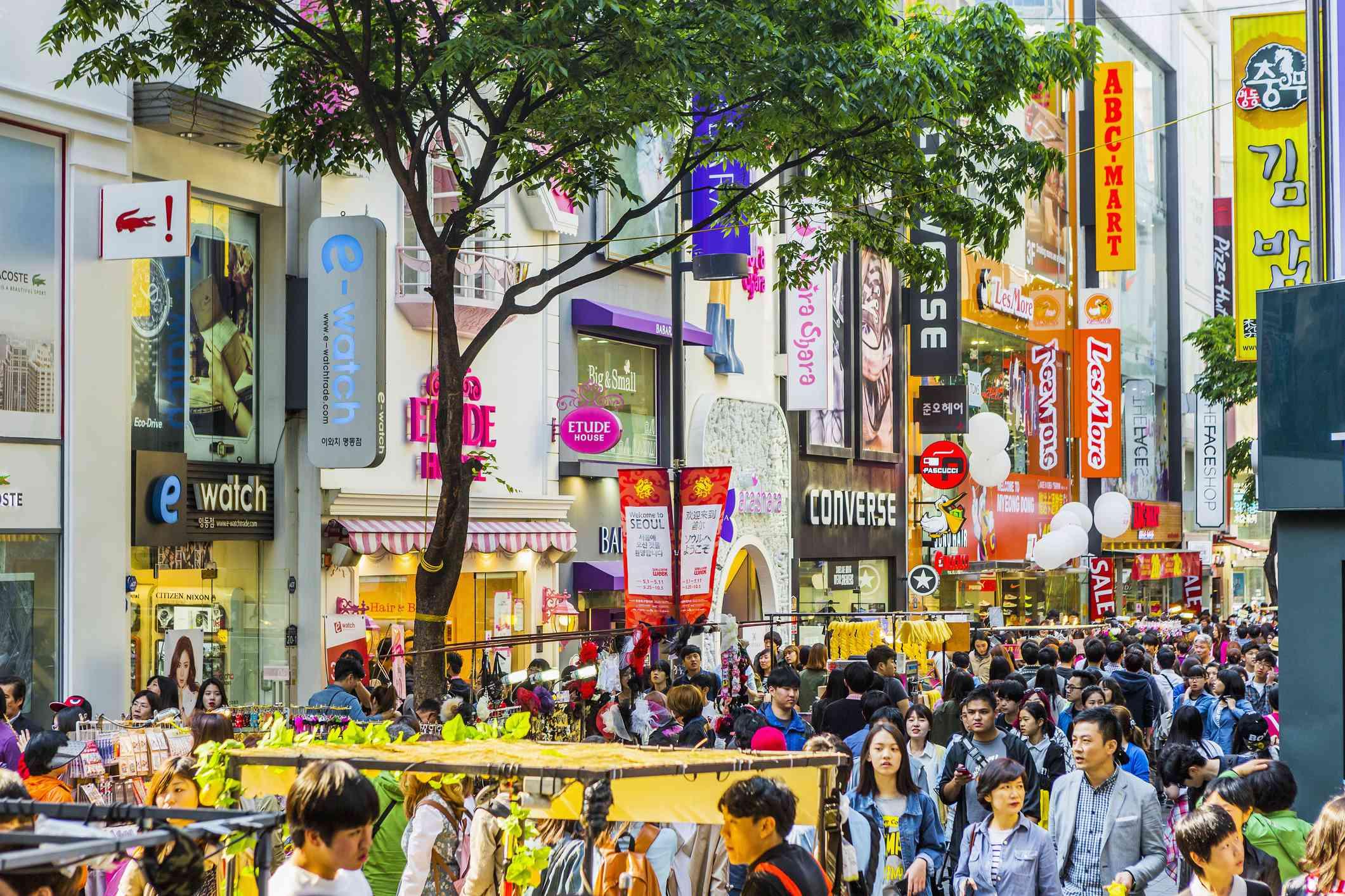 Las famosas calles comerciales de Myeong-dong