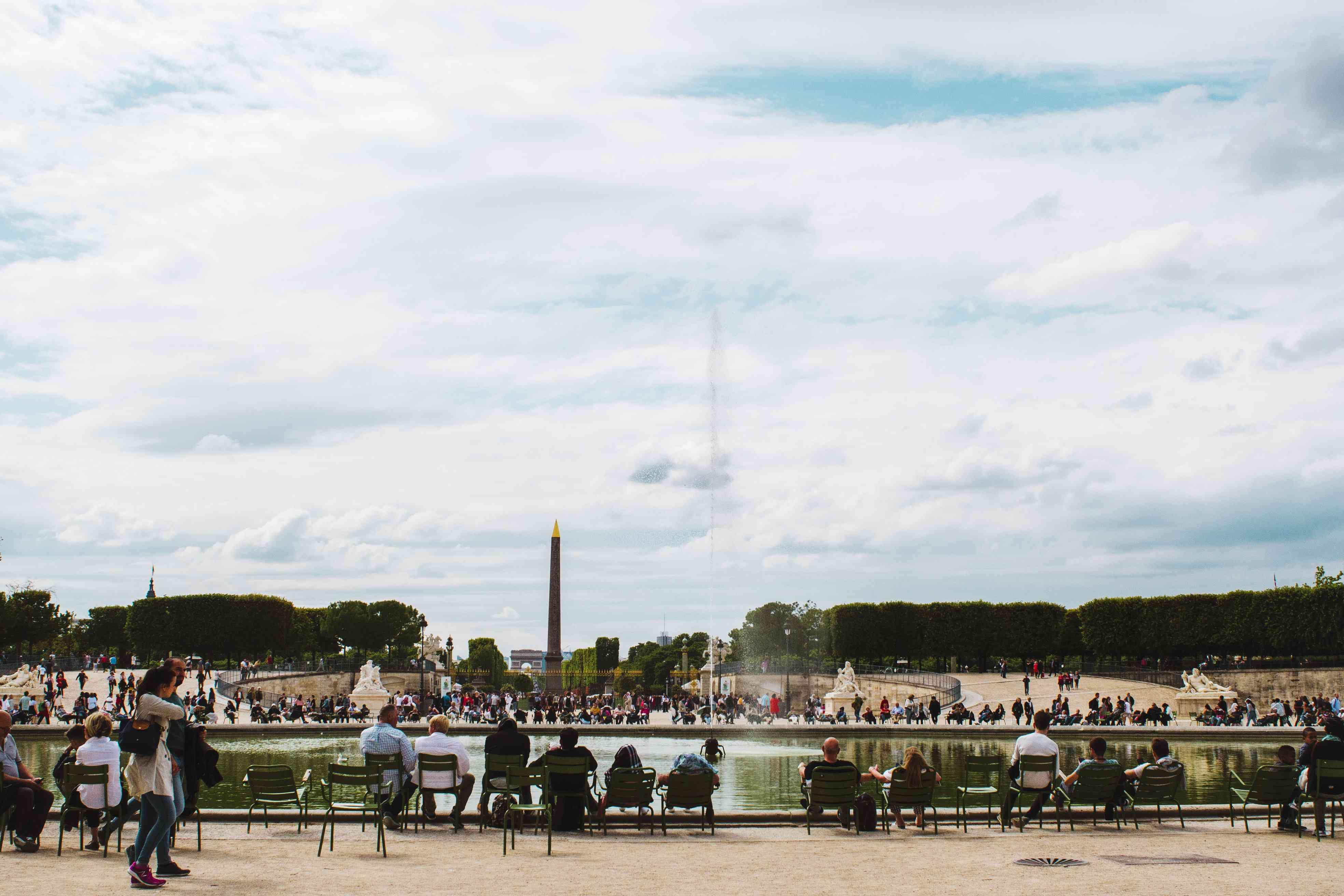 Jardin Tuileries fountain