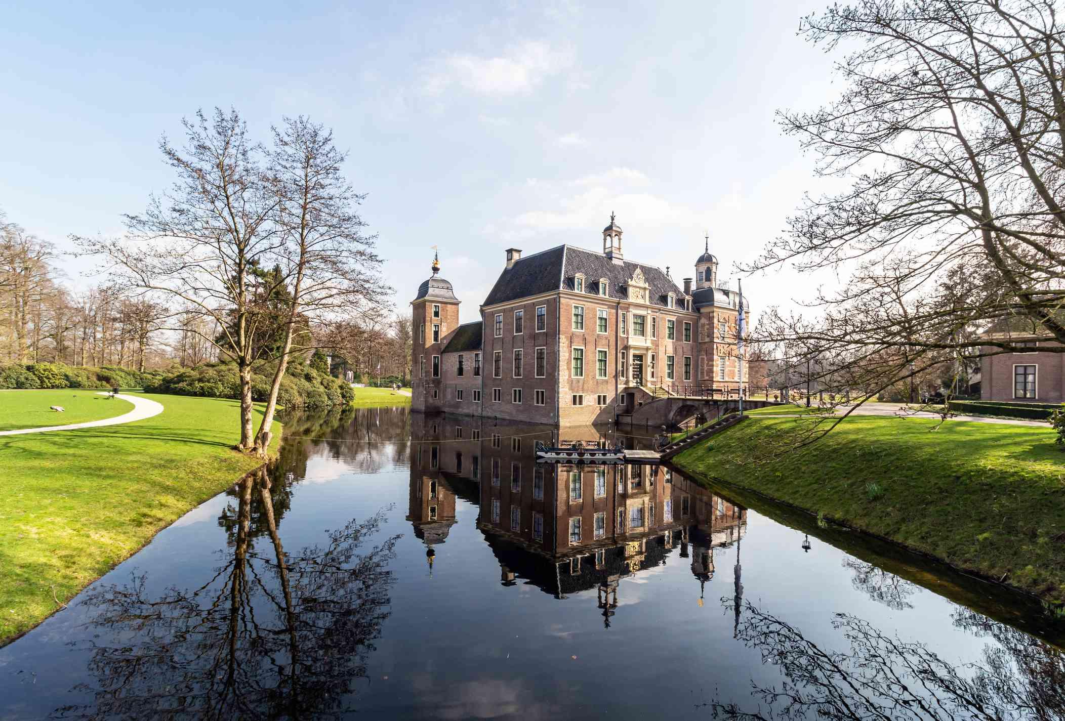Garden and castle Ruurlo