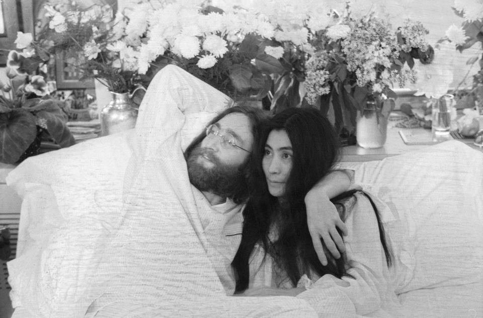 John Lennon Yoko Ono Bed In For Peace In Montreal