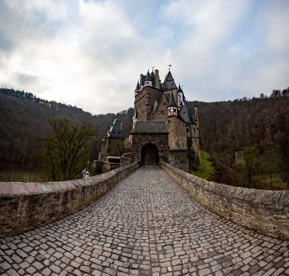 Cobblestone street leading up to Burg Eltz