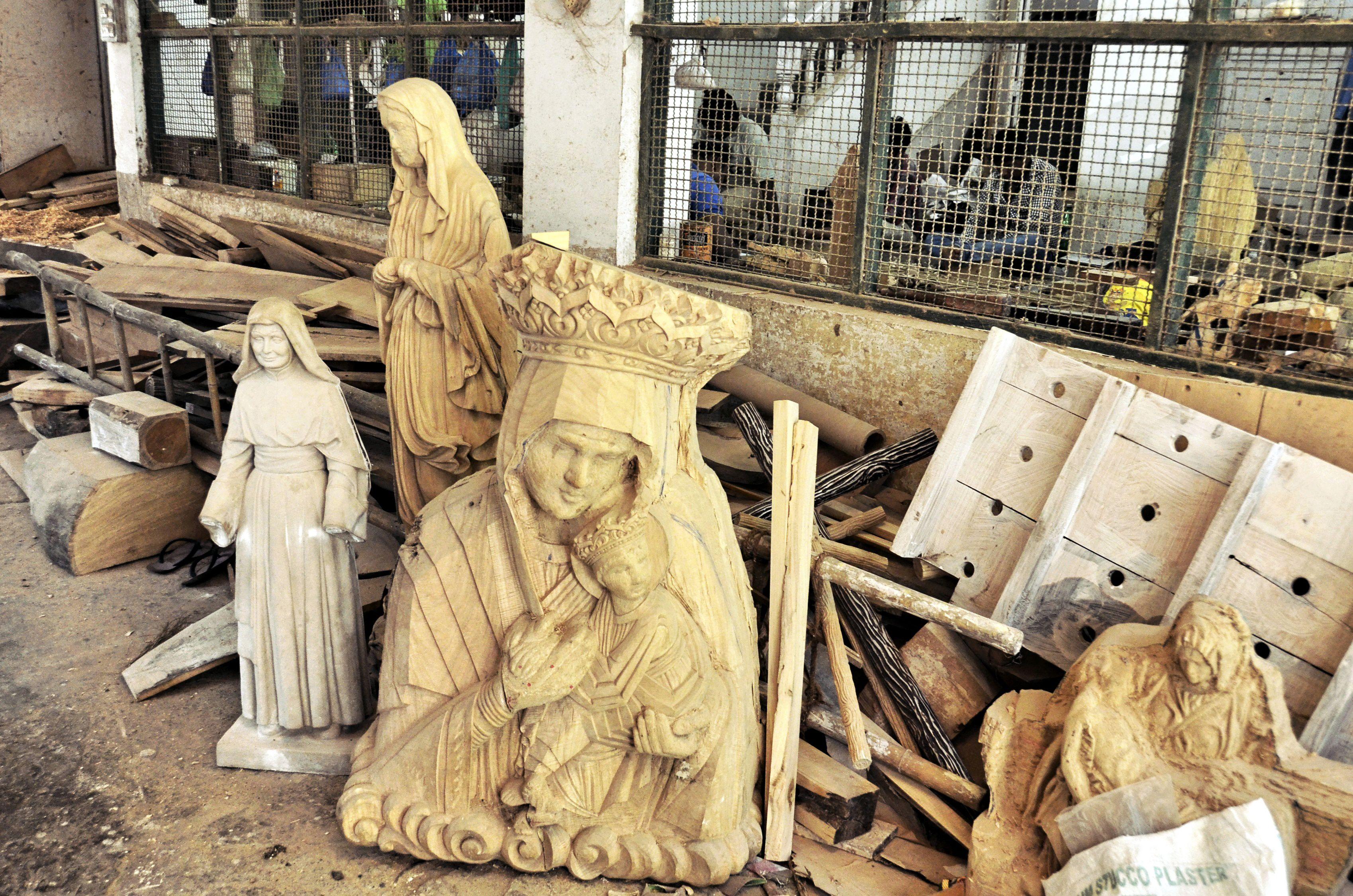 Statue carving workshop at Vasai.