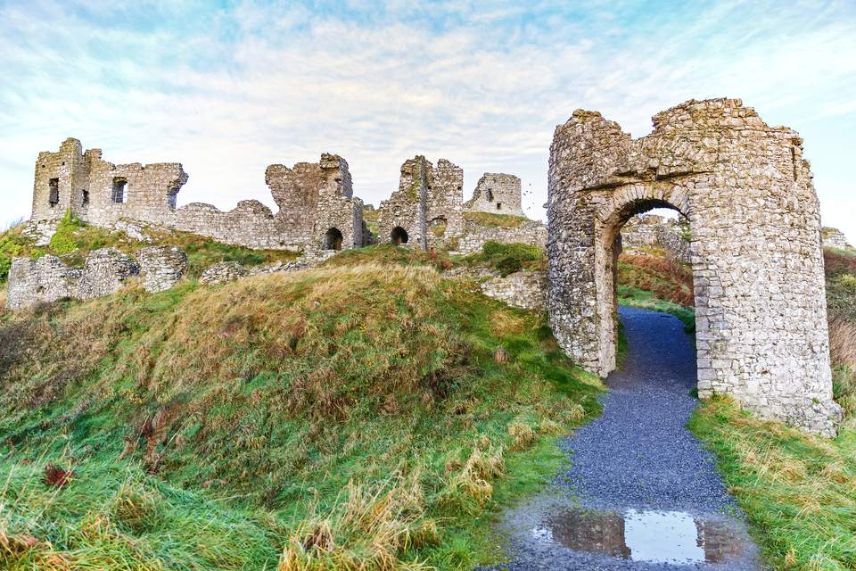 Rock of Dunamase ruins