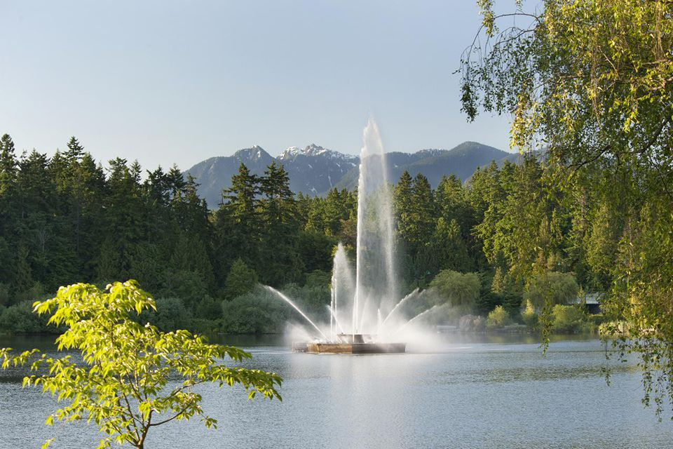 Lost Lagoon Fountain in Vancouver's Stanley Park