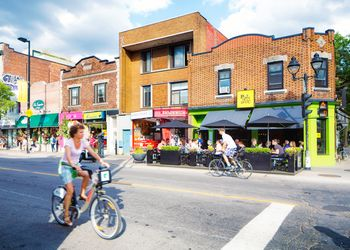 Montreal Avenue Mont-Royal in July