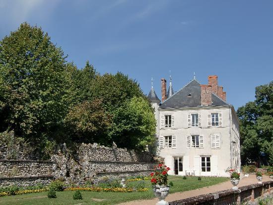 Chateau de Guignes, Loire Valley