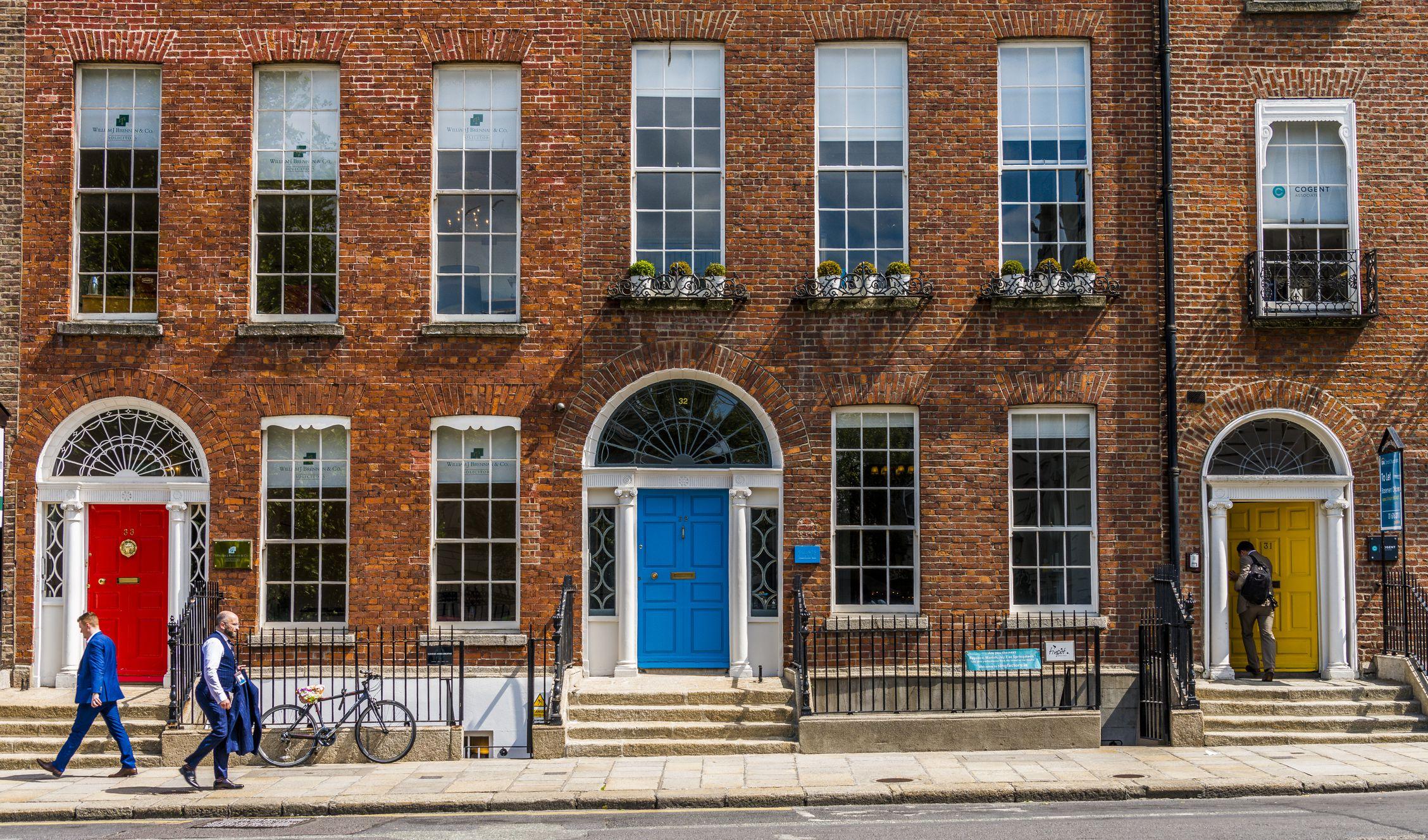 Las puertas de colores cerca de Merrion Square, Dublín