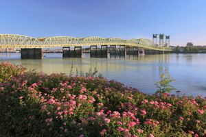 Interstate Bridge crossing Columbia River, Portland, Oregon, USA