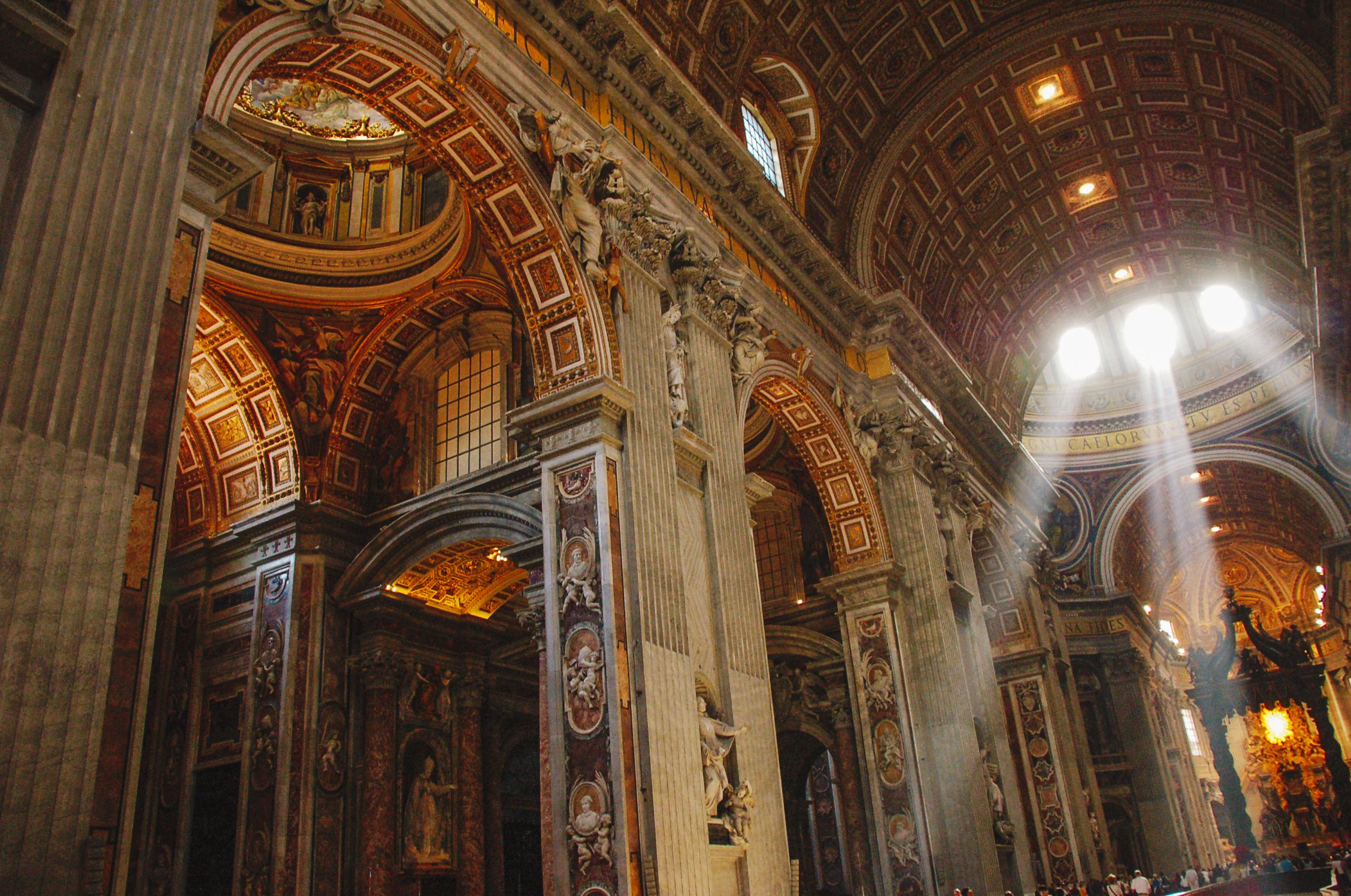 Last Days Of St Raphaels Cathedral >> How To Visit Saint Peter S Basilica In Vatican City