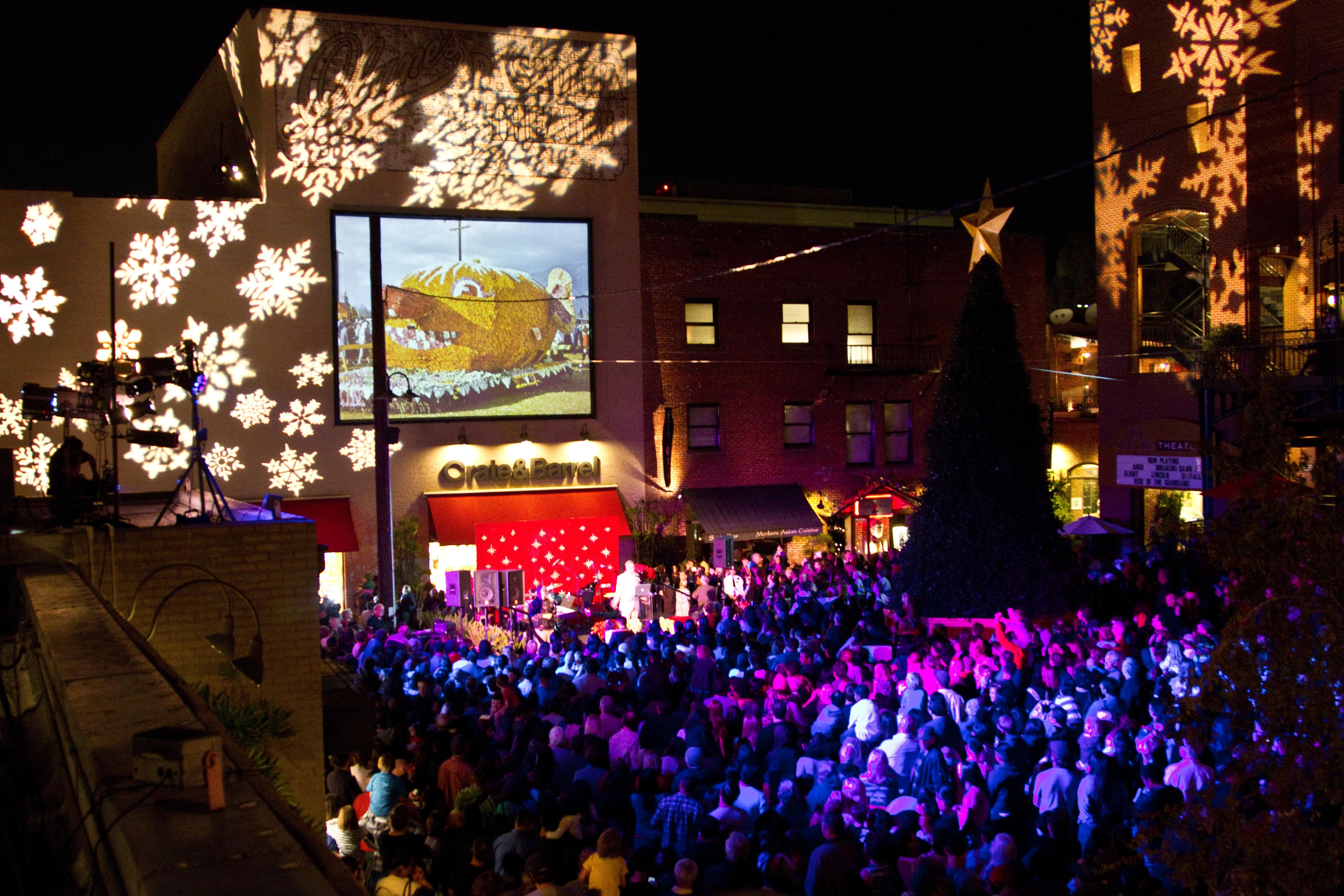 Things to Do for Christmas in Los Angeles