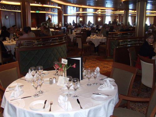 Michelangelo Dining Room on the Emerald Princess