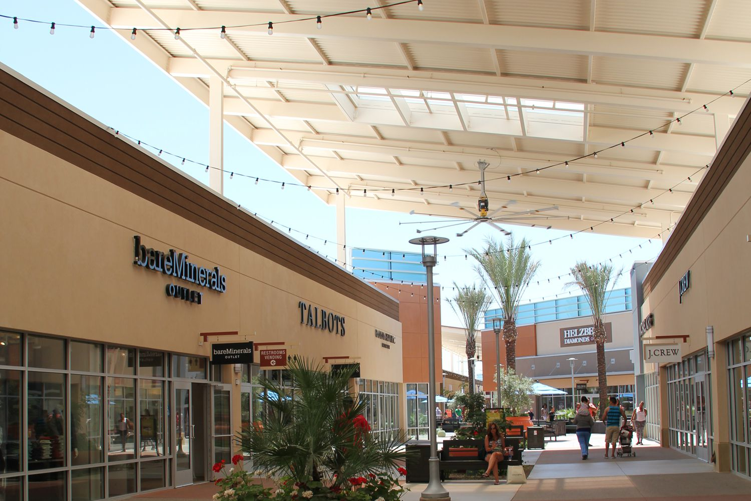 Which tanger outlet is better